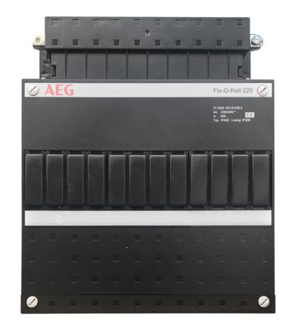 AEG lege groepenkast (220x220mm)